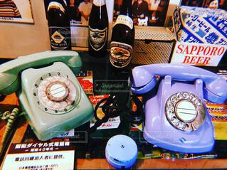 カラフル電話機の写真・画像素材[1668758]