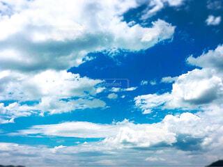 空には雲の写真・画像素材[1657072]