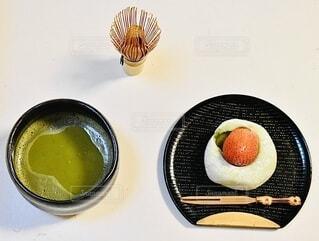 抹茶苺大福の写真・画像素材[4129108]