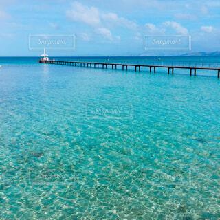 ニューカレドニアの海と桟橋の写真・画像素材[1661836]