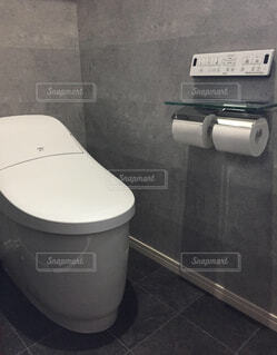 かっこいいがテーマのトイレの写真・画像素材[1665426]
