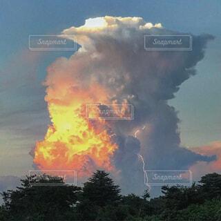 積乱雲の写真・画像素材[1665781]