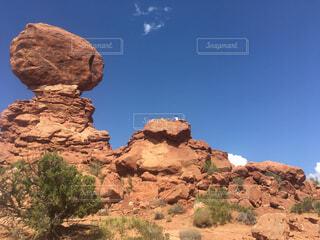 背景の山と渓谷の写真・画像素材[1667742]