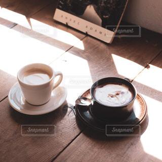 海が見えるカフェの写真・画像素材[2050345]