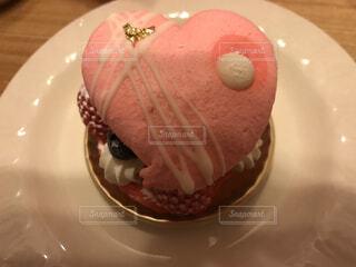 ハートのケーキの写真・画像素材[1672169]