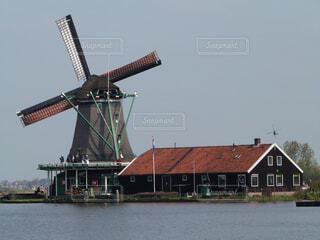 オランダの風車の写真・画像素材[1693370]