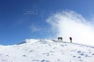 積雪期の伯耆大山の写真・画像素材[3957890]