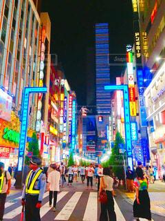 東京歌舞伎町の夜をの写真・画像素材[2174778]
