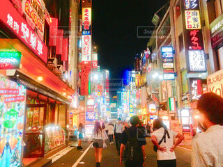 東京歌舞伎町の夜を 2の写真・画像素材[2174779]