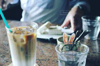 カフェでお茶会の写真・画像素材[1670111]