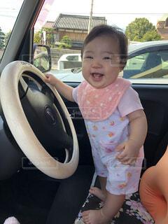 運転しちゃうぞー(笑)の写真・画像素材[4175581]