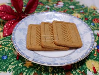 プルーン&いちじく入りクッキーの写真・画像素材[2410984]
