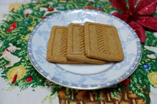 プルーン&いちじく入りクッキーの写真・画像素材[2410985]
