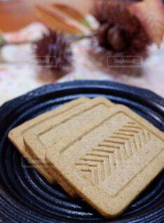プルーン食物繊維入りクッキーの写真・画像素材[2411003]