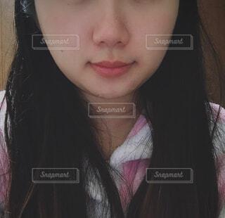 クローズ アップ撮影、selfie ピンクの髪を持つ女性のの写真・画像素材[1671745]