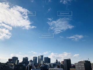 都会の高層ビル群と青空の写真・画像素材[1671180]