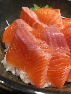 信州サーモン丼の写真・画像素材[1705016]