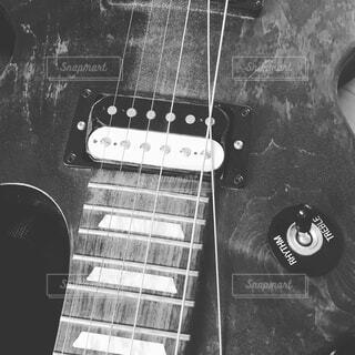 ギターの、の写真・画像素材[2059112]