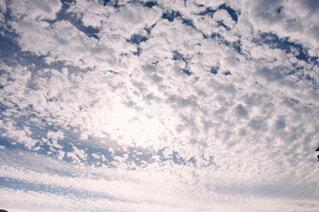 秋の雲の写真・画像素材[1677877]