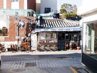 韓国 古い建物の写真・画像素材[1679739]