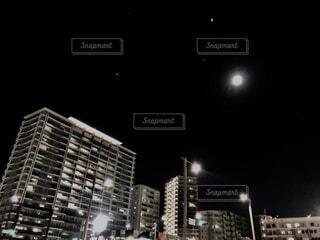 満月の夜の写真・画像素材[1700500]