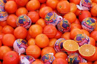 山積みのオレンジの写真・画像素材[1679285]