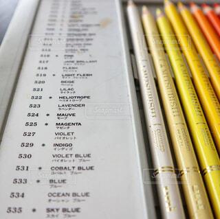 三菱uni色鉛筆36色セットの写真・画像素材[2042936]