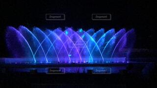 光のウォーターショーの写真・画像素材[1682935]