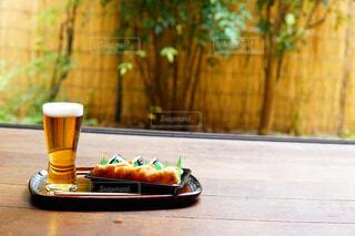 縁側ビールの写真・画像素材[2280098]