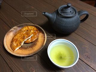 食べかけのおやつの写真・画像素材[1687200]