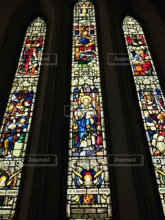 海外の教会のステンドグラスの写真・画像素材[1689858]