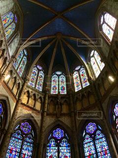 教会のステンドグラスの写真・画像素材[1687409]