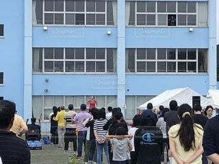 ラジオ体操、みんなの体操会が小学校で開催。の写真・画像素材[1733364]