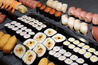 握り寿司と巻き寿司の写真・画像素材[1694956]