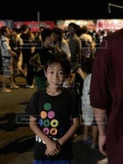 お祭りに来た男の子の写真・画像素材[3523426]
