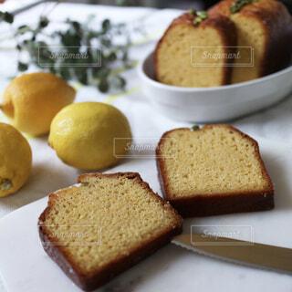 レモンのケーキの写真・画像素材[354019]