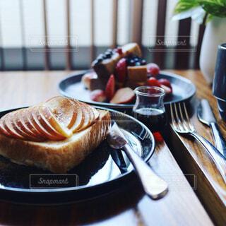 りんごトーストの写真・画像素材[373691]