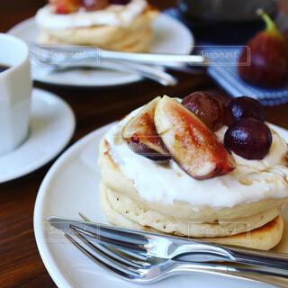 手作りパンケーキの写真・画像素材[758569]