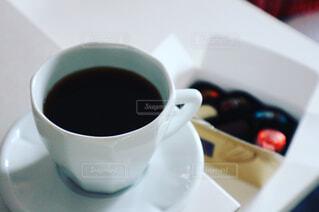 コーヒーとチョコレートの写真・画像素材[1002237]