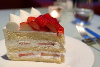 ショートケーキのアップの写真・画像素材[1103378]
