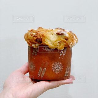 ブリオッシュ生地のケーキの写真・画像素材[1686805]