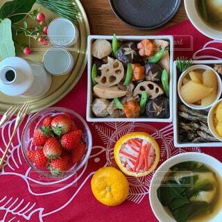 お正月の食卓の写真・画像素材[1755499]