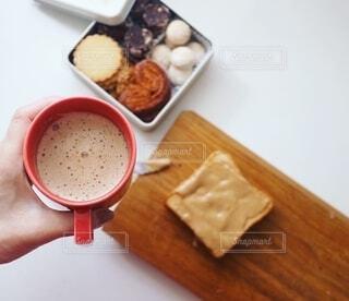 冬の甘い朝ごはんの写真・画像素材[2694590]