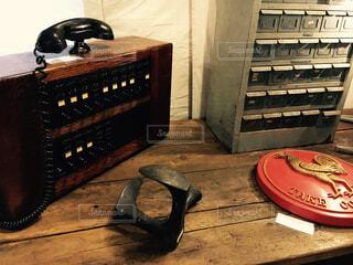 木製のテーブルの写真・画像素材[925830]