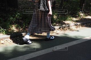 ワンピースを着ている人の写真・画像素材[1691793]