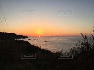 日没の海の写真・画像素材[1697011]