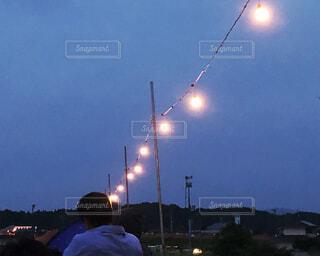 裸電球の写真・画像素材[2386444]