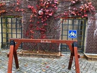 自転車置き場の写真・画像素材[2675796]
