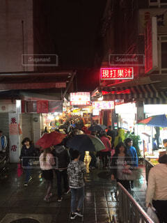 台北の歓楽街の写真・画像素材[1703166]