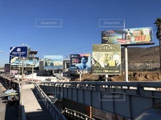 メキシコ国境付近の橋の写真・画像素材[1700249]